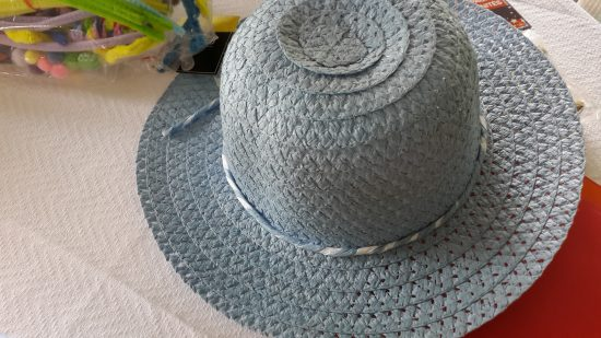 girl hat before