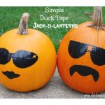 Clever and Simple Jack-O-Lanterns #StickOrTreat