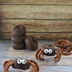 Simple Spider Donuts