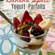 Banana Split Yogurt Parfaits